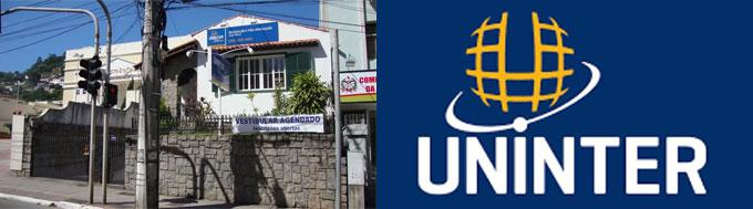 2017  Atualmente, a Uninter Florianópolis conta com quase 500 Polos de Apoio em todo o Brasil, que atendem mais de 180 mil alunos. Oferece cursos nota 4 e 5(máxima) no MEC tanto na modalidade presencial quanto a distância e, com muito orgulho, está entre os maiores grupos de educação do país.  2012  Com a fusão de FACINTER e FATEC se torna o Centro Universitário Internacional UNINTER. Com o título de Centro Universitário ganhamos mais autonomia do MEC para o lançamento de cursos e amplia a atuação no cenário nacional.  2008  Lança a Solução Educacional UNINTER, que conta com material didático completo para todo o ensino básico e fundamental e tem qualidade reconhecida pelo Prêmio Jabuti, principal da literatura brasileira.  2006  Lança uma editora própria, a Intersaberes. Hoje, com 10 anos de atuação, já publicou mais de 500 livros voltados para o público acadêmico e utilizados em todo o país.  2004  Inicia a oferta de cursos tecnológicos com a criação da Faculdade de Tecnologia Internacional (FATEC Internacional).  2003  Sonhando em levar a educação ainda mais longe lança os primeiros cursos a distância.  2000  Cria a Faculdade Internacional de Curitiba (FACINTER) para iniciar a oferta de cursos de graduação.  1996  Nasce como Instituto Brasileiro de Po´s-Graduac¸a~o e Extensa~o (IBPEX), fundado pelo professor Wilson Picler para ofertar cursos de po´s-graduac¸a~o presencial para professores do ensino ba´sico em Curitiba.  1000 Polos de Apoio Presencial espalhados por mais de 700 cidades em todos os estados brasileiros. Cursos nas modalidades presencial, semipresencial e a distância.  Serviço de Inclusão e Atendimento aos Alunos com Necessidades Educacionais Especiais (SIANEE).  MISSÃO  Desenvolver e transformar pessoas por meio da educação.  VISÃO  Ser reconhecida como organização de excelência para estudar, trabalhar e investir.  VALORES  Respeito às pessoas; Integridade; Responsabilidade; Excelência. Infraestrutura  Com laboratórios de informática e práticas prof